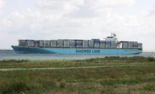 Container crane boom collapses onto Maersk Karachi, one missing