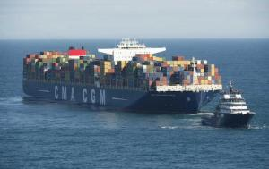 Towing of the World's Largest Containership CMA CGM Marco Polo