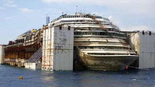 Costa Concordia To Continue Her Final Journey