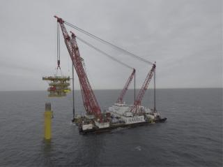 Spotted: Rambiz, Scaldis' heavy lift vessel, successfully installed the unmanned gas platform L13-FI for NAM