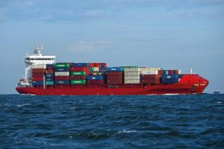 JR Shipping increases container capacity