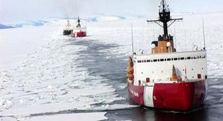 U.S. President calls for building of new USCG icebreakers