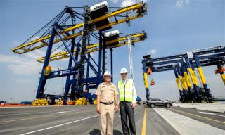 Hutchison Ports Thailand receives world's largest quay cranes with advanced remote control technology at Laem Chabang Port