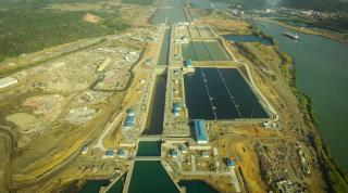 Panama Canal workforce receive training to operate new locks