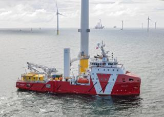 Vroon's VOS Start at work in the Irish Sea (Video)
