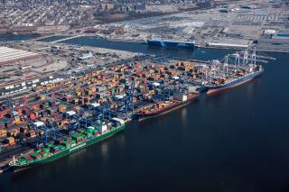Port of Baltimore awarded $6.6 million in federal funding to develop second deep berth for supersized ships