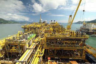 SBM Offshore signs FPSO Sepetiba contracts