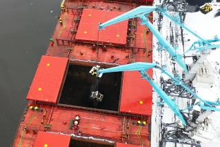 Servicing Capesize vessels in the port of Riga facilitates access to new cargo and distant markets