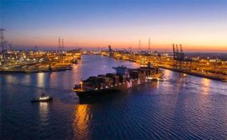 Port of Antwerp: Draught record broken at Deurganck Dock