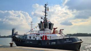 Port of Antwerp expands its fleet with energy-efficient tugs