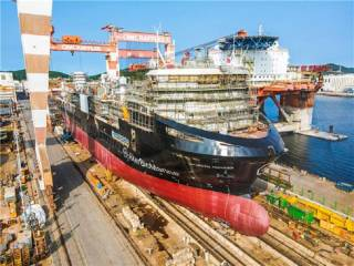 Successful Launching of Cargo Vessel built by CIMC Raffles