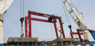 Conakry Terminal Takes Delivery of Four New Gantry Cranes