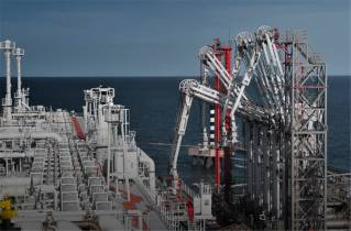 Oceaneering secures maintenance build and inspection contract with GOLAR for FLNG