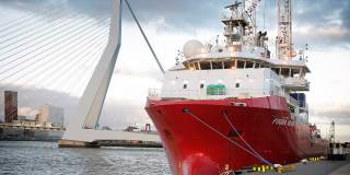 Fugro Starts Vattenfall Site Investigation At Two UK Offshore Wind Farms