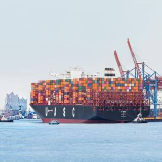 Hapag-Lloyd signs space charter agreement with Maersk and MSC on the Asia-North Europe trade
