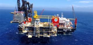 VIDEO: World's largest crane vessel installs Equinor's Peregrino C platform