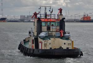 Photo of TUG 82 ship