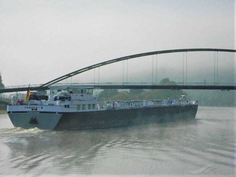 Vessel JANINA R (Tanker) IMO —, MMSI 211141900