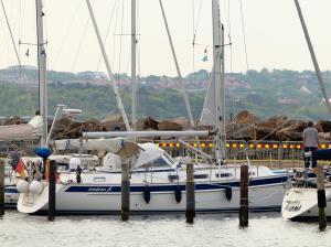 Photo of JONATHAN ship