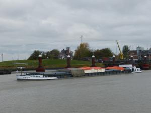 Photo of SIRA M ship