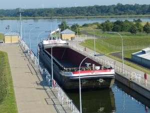 Photo of NIEDERSACHSEN11 ship