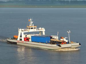 Photo of ERNST STURM ship