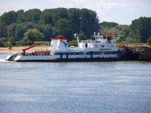 Photo of HERKULES II ship