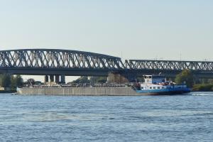 Photo of IMKE DEYMANN ship