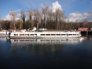 Photo of WEINLAND*BADEN ship