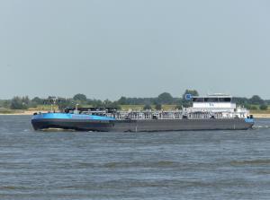 Photo of MAXINE DEYMANN ship