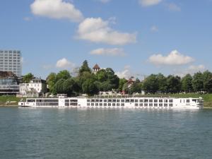 Photo of VIKING EIR ship