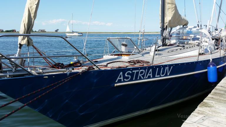 ASTRIA-LUV photo