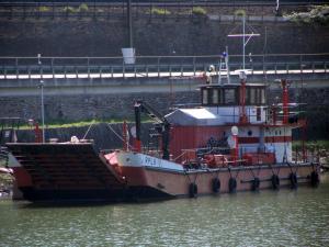 Photo of RPL9 ship