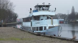 Photo of LOLA << ship