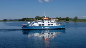 Photo of M/F HJARNOE ship