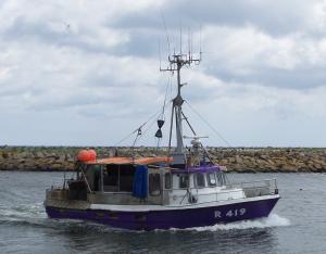 Photo of R419 EMANUEL ship