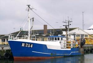 Photo of R 254 KATRINE KIM ship