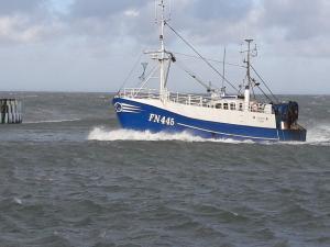 Photo of FN445 CAROLINE ship