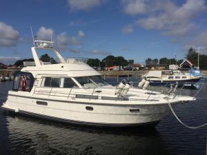 Photo of MA-RY ship