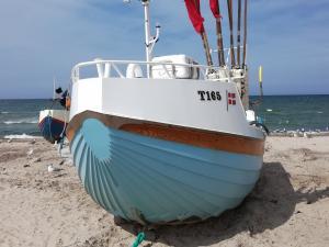 Photo of T165 FRU ANDERSEN ship