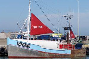 Photo of H440 BODOE ship