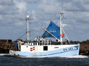 Photo of A 421 JOMUS ship