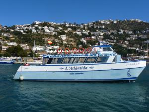 Photo of L'ATLANTIDA ship