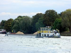 Photo of HENNY ship