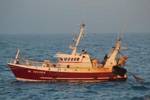 Photo of F/V LA SOUVERAINE ship