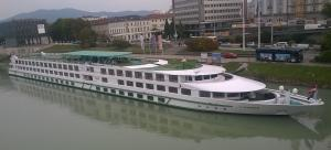 Photo of L'EUROPE ship
