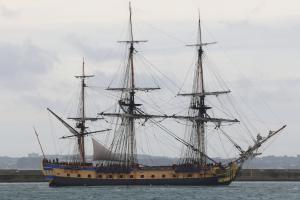 vessel photo L'HERMIONE