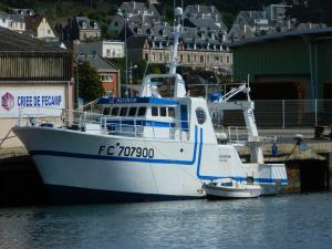 Photo of F/V LE MAXIMUM ship