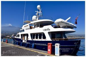 Photo of M/Y MOONSHADOW NOA ship