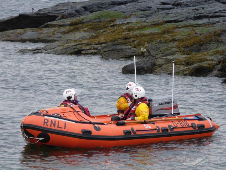 RNLI LIFEBOAT D-816 photo